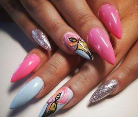 Deneris Nails