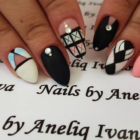 Nails by Aneliq Ivanova