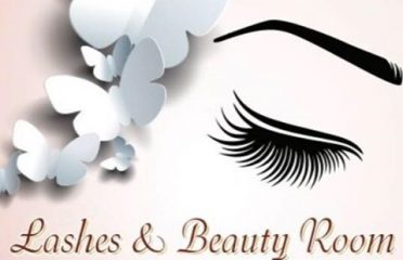 Lashes & Beauty room