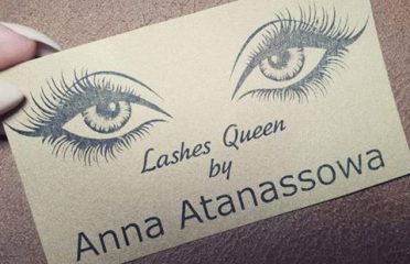 Lashes Queen