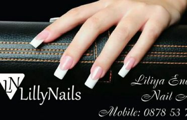 Lilly Nails
