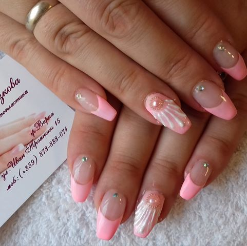 Nails by Милена Желязкова