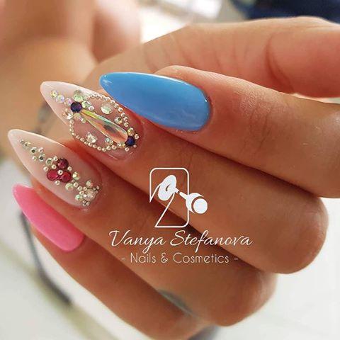 Vanya Stefanova Nails & Cosmetics